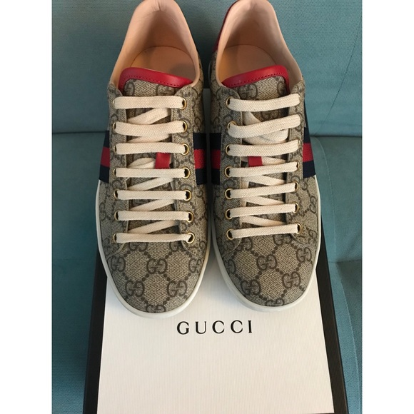 99cad47aac0 Gucci Shoes - Women s Ace GG Supreme Gucci Sneaker